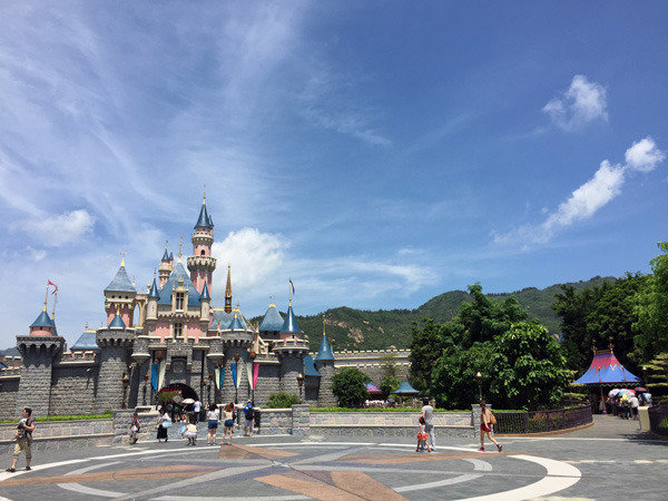 Hong Kong Disneyland: The Little Resort That Could